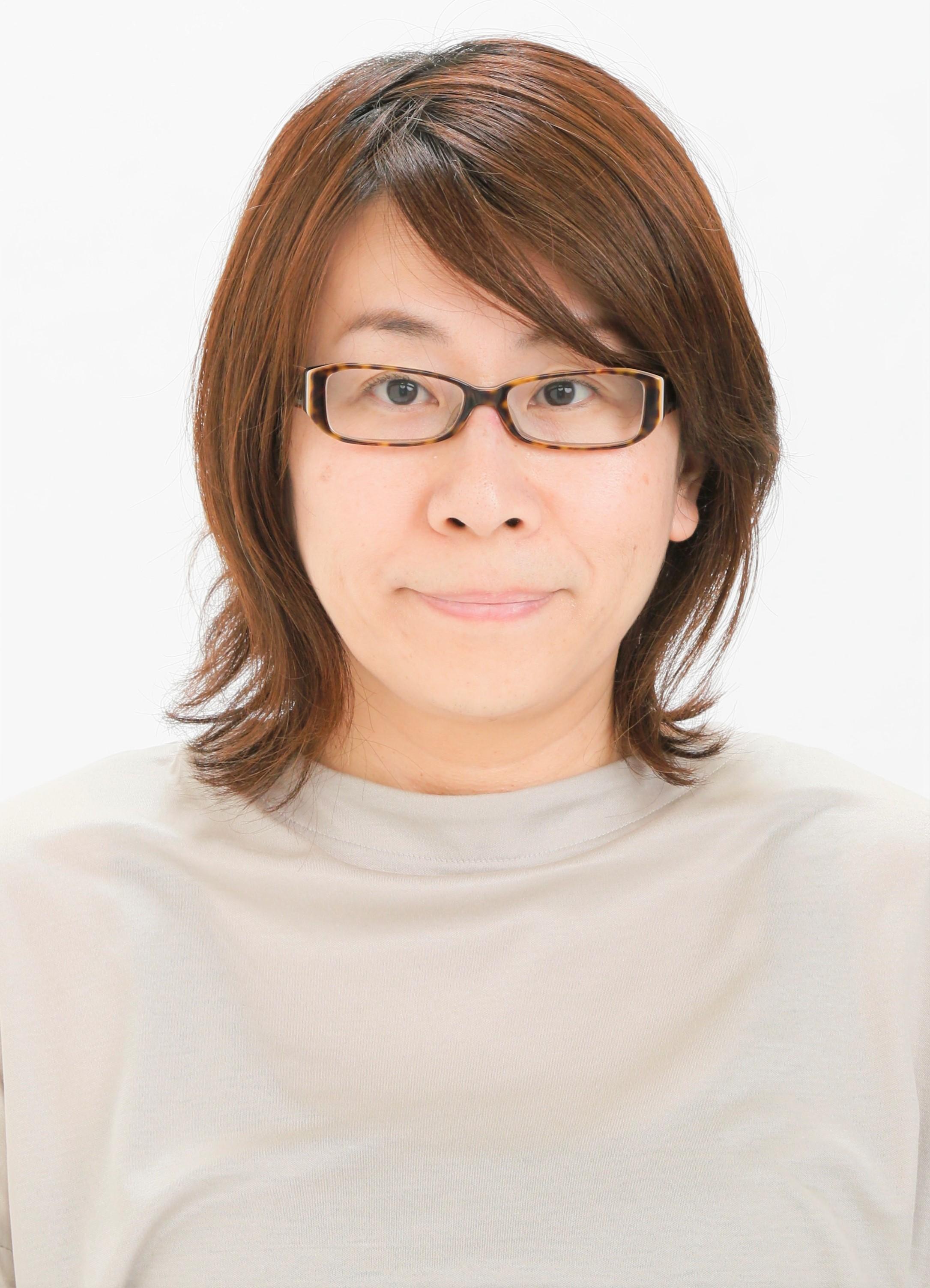 內田良子(佐藤良子) 助理教授